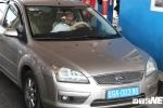 Không chịu mua vé qua BOT Sóc Trăng, tài xế ô tô biển xanh bị mời về trụ sở trạm làm việc