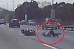 Clip: Nam thanh niên chạy xe phân khối lớn phóng bạt mạng và cái kết rùng mình