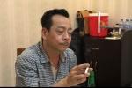 Clip: 'Ông trùm Phan Quân' khoe giọng hát nồng nàn khiến dân mạng ngạc nhiên