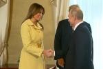 Video: Biểu cảm của Đệ nhất phu nhân Mỹ sau khi bắt tay Tổng thống Putin gây chú ý