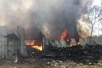 Kho phế liệu ở Bình Dương cháy dữ dội, hàng trăm học sinh tiểu học phải rời trường