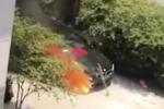 """Video: Đốt hương """"cúng"""" xe mới, không may đốt trụi luôn cả xe sang gần 2 tỷ đồng"""