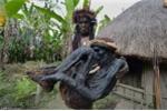 Dựng tóc gáy với bộ tộc ướp xác người bằng cách... treo gác bếp