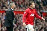 Mourinho đang dùng khổ nhục kế để hạ bệ Rooney?