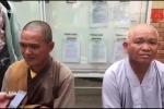 Hiệp sỹ Bình Dương tóm gọn nhóm 'sư giả' lừa tiền công đức