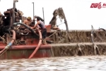 Video: Tận thấy 'cát tặc' ngang nhiên thả 'vòi bạch tuộc' nơi cửa biển Hải Phòng