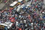 Nhiều tranh cãi về quản lý xe máy: Phát triển, hạn chế hay cấm?