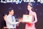 Đăng quang Hoa hậu Việt Nam 2018, Trần Tiểu Vy được UBND Quảng Nam tặng bằng khen