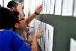 Hà Nội: Trường điểm liên tục đổi cách tuyển sinh, phụ huynh bức xúc