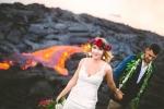 Bộ ảnh cưới để đời của đôi bạn trẻ bên miệng núi lửa