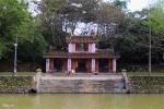 Khám phá ngôi chùa có bức tranh tường 9 con rồng lớn nhất Việt Nam