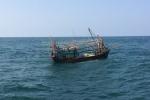 Cứu hộ tàu cá gặp nạn trên vịnh Bắc Bộ trước ảnh hưởng bão số 11
