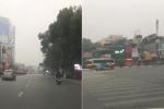Vẻ khác lạ khó nhận ra của phố phường Hà Nội sáng 30 Tết