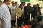 Thị sát Bệnh viện Bạch Mai: Bộ trưởng Y tế yêu cầu giảm thời gian nằm viện để giảm tải
