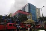 Đang cháy lớn khách sạn ở TP Vinh, Nghệ An