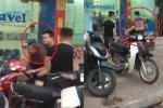 Cộng đồng mạng truy tìm kẻ súc sinh đánh vợ chảy máu đầu trên phố Hà Nội