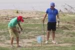 Video: Ngỡ ngàng sân golf cho người nghèo giữa Thủ đô