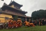 Khách Tây thích thú xem lễ dựng nêu ngày Tết trong hoàng cung triều Nguyễn