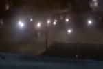 Nhóm học sinh hỗn chiến như côn đồ trong đêm ở TP.HCM
