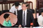 Xét xử bác sĩ Hoàng Công Lương: Luật sư yêu cầu xem xét trách nhiệm người đứng đầu
