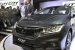 Bất chấp giá sẽ giảm mạnh, Toyota Fortuner và Ford Ranger vẫn đạt doanh số kỷ lục