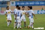 Trực tiếp CLB TP.HCM vs HAGL vòng 22 V-League: HAGL thủng lưới 2 bàn liên tiếp