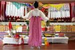 Hàn Quốc: 1 triệu người sống bằng nghề xem bói