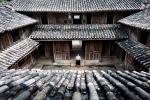 Dinh thự nhà Vương và chuyện bỗng dưng 40 con cháu 'Vua Mèo' mất nhà
