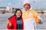 Sau ồn ào ảnh thân mật với Trương Quỳnh Anh, Bình Minh tình tứ cùng vợ ở Hàn Quốc