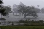 Cập nhật siêu bão Florence đổ bộ vào Mỹ: Cảnh báo lũ quét, gần 800.000 hộ dân bị cắt điện