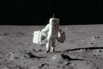 Những bức ảnh Apollo 11 đổ bộ lên Mặt Trăng được NASA giữ kín suốt 49 năm qua