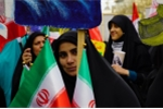 Phản ứng của người Iran trong ngày Mỹ tái áp đặt lệnh trừng phạt