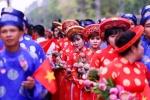 Đám cưới đẹp như mơ của 100 cặp đôi đúng ngày Quốc khánh Việt Nam