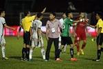 Bóng ma bạo lực đe dọa V-League: Ai kiềm tỏa những 'cái đầu nóng'?