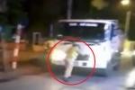 Bị dừng xe kiểm tra, tài xế xe tải lao thẳng vào cảnh sát giao thông Hà Nội
