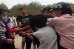 Lại xuất hiện clip nữ sinh Bắc Giang đánh nhau, lột áo