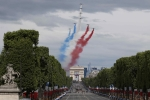 Video: Duyệt binh mừng Quốc khánh, chiến cơ Pháp vẽ nhầm quốc kỳ