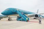 Các chuyến bay tạm ngưng do bão hoạt động trở lại