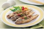 Sai lầm khi ăn cá khiến bạn bỏ phí nhiều công dụng tốt như 'thần dược'