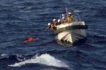 Tàu cá Trung Quốc chìm nghỉm khi đâm tàu hàng ở biển Hoa Đông