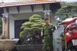 Cảnh sát mang gì rời nhà cựu Chủ tịch Đà Nẵng sau khám xét?