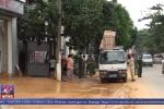 Video: Hòa Bình công bố tình trạng khẩn cấp do sạt lở đất