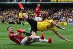 Manchester United khủng hoảng hàng thủ: Đừng trách mình Luke Shaw
