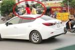 2 bé gái ngồi trên nóc xe ô tô Mazda ở Hà Nội: Ủy ban ATGT Quốc gia vào cuộc