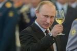 Ngày Quốc tế phụ nữ 2017: Tổng thống Putin đọc thơ chúc mừng phái đẹp