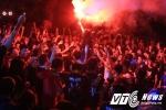 Cảnh tượng cuồng nhiệt chưa từng có của hàng nghìn sinh viên trong đêm hội 'Rock Phương Đông 2016'