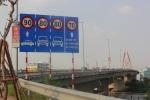 Chủ xe bị đâm chết sau sự cố nổ lốp trên cầu Nhật Tân: Dừng đỗ xe trên cầu thế nào?