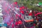 Đón U23 Việt Nam trở về: Những cảnh tượng 'trăm năm có một'