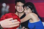 Diệp Lâm Anh khoe nhẫn đính hôn nạm kim cương do bạn trai thiếu gia tặng