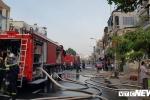 Hàng trăm cảnh sát trắng đêm dập lửa tại quán bar ở TP.HCM